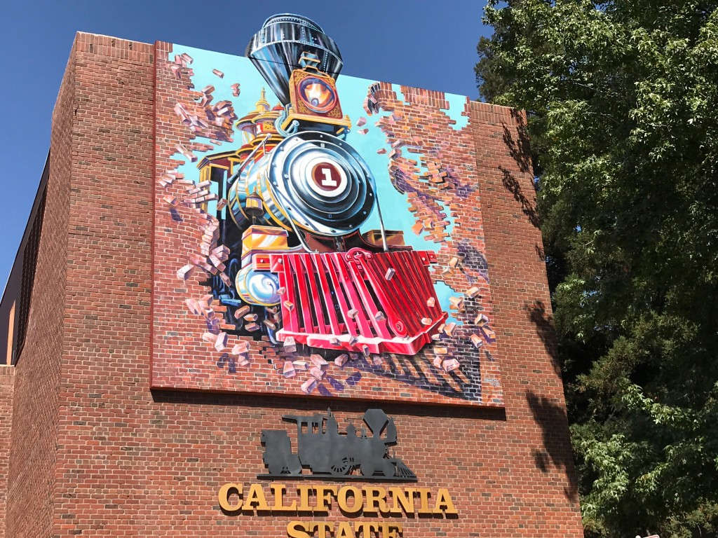 The mural repainted, August 2018